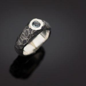 Sidabrinis sužadėtuvių žiedas su topazo akmeniu