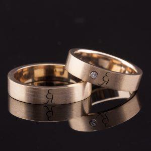 Vestuviniai žiedai su inicialais