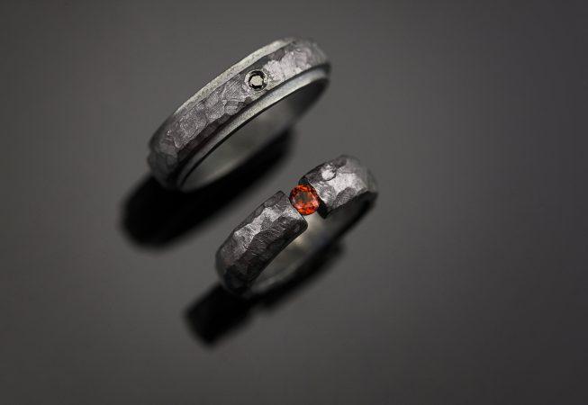 Vienetiniai sidabriniai vestuviniai žiedai